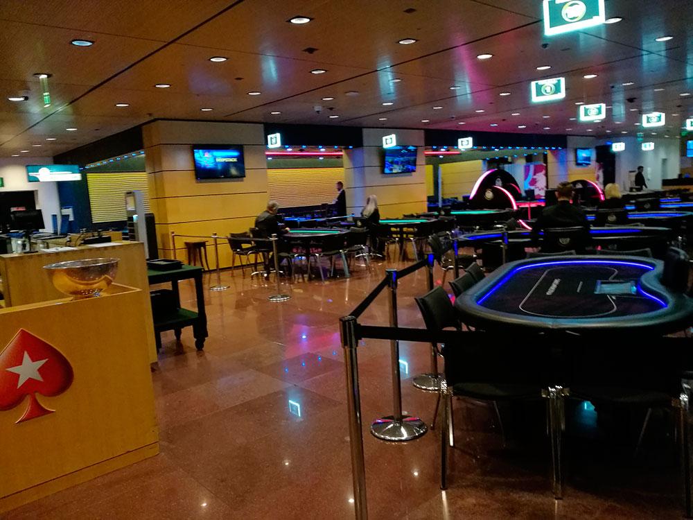 Casino Campione mit leerem Pokerraum im Juni 2018